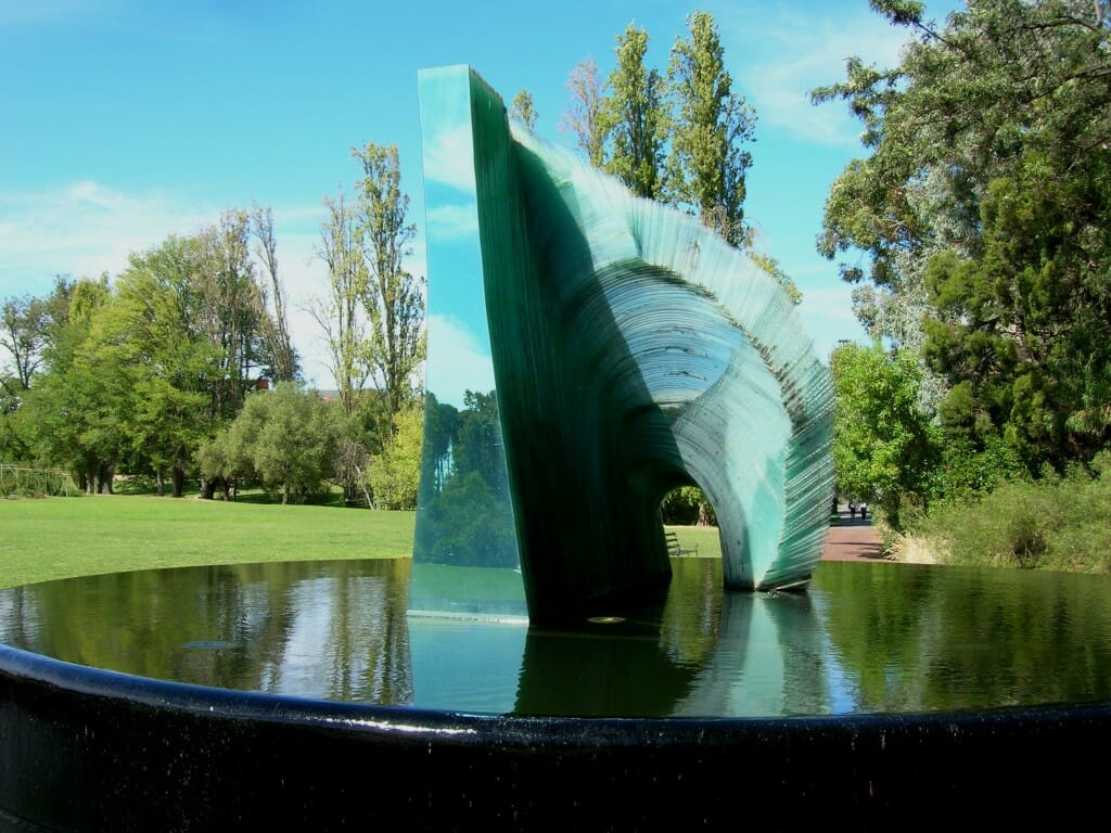 Sergio-Redegalli-glass-artist