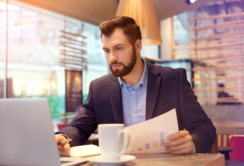 How Do I Become a Marketing Specialist?